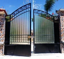 electric gate repair Los Angeles - automatic-swing-gates-installation-and-repair-service