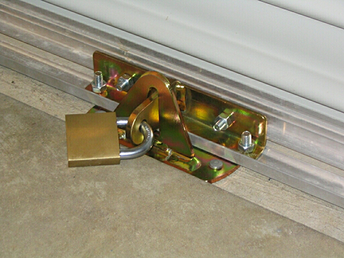 garage-door-lock