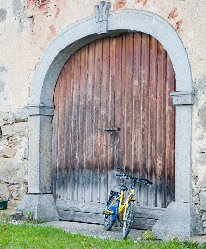 oldest-garage-door-in-history