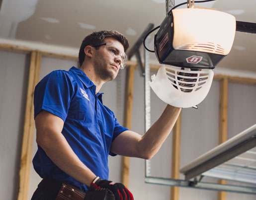 The Top 3 Reason To Hire A Professional Garage Door Service