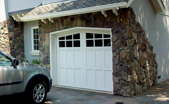 Solving Common Garage Door Problems In The Winter Months