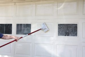 Clean Garage Door - A Guide To Keeping Your Garage Door Clean